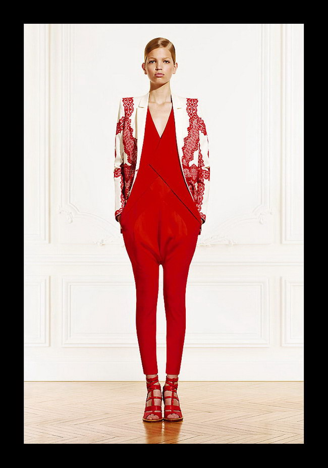 GIVENCHY RESORT 2011 WOMEN'S COLLECTION