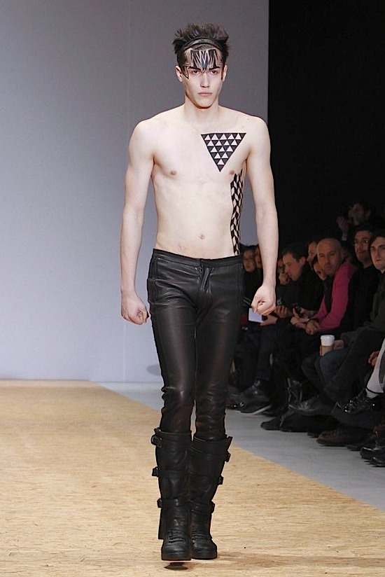 Qasimi Fall 2011 – Paris Fashion Week